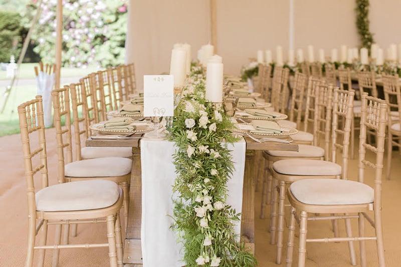 Clareana-&-Eduardo-table-chairs